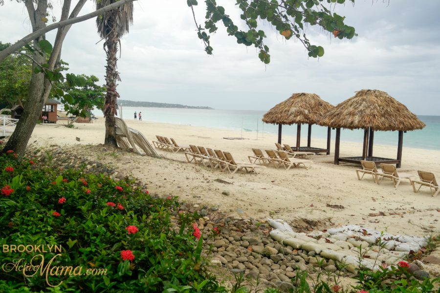 beches-moms-negril-jamaica-5080