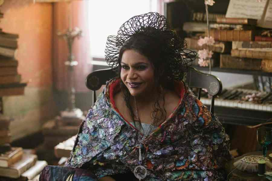 Mindy Kaling is Mrs. Who in Disney's A WRINKLE IN TIME.