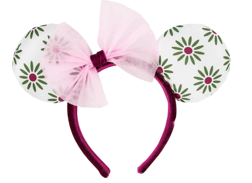 Minnie Ears are so cute and they are insanely popular. It's so cool because more than ever before these decorative hair bands come in so many neat styles and personalities. There are A TON to choose from, but these are ten of the latest and greatest Minnie Mouse Ears