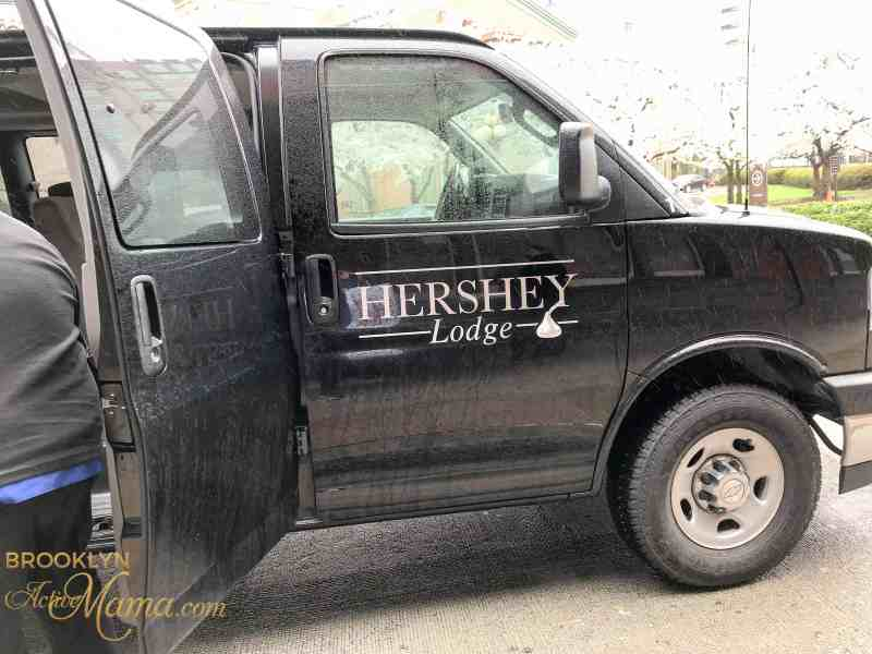 Don't have a car? Don't worry. Here is a super easy way to get to Hershey Park Pennsylvania without a car.