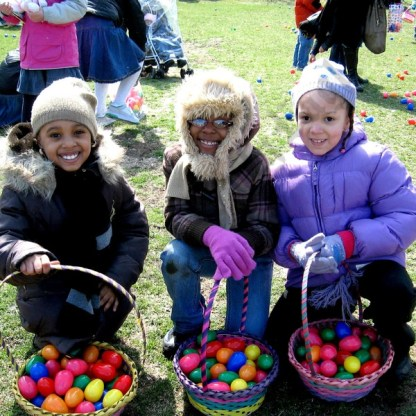 Easter Egg Hunt in DUMBO 2008 - Brooklyn Archive