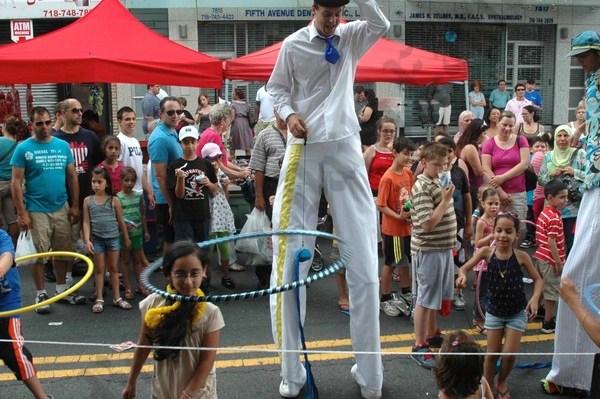 Fifth Avenue Festival 2010 - Brooklyn Archive