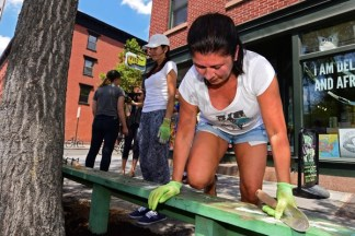 Greening Greenpoint Volunteer Day 07/16/2017 - Brooklyn Archive