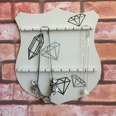 Thrifted DIY Jewelry Holder #12monthsofdiy