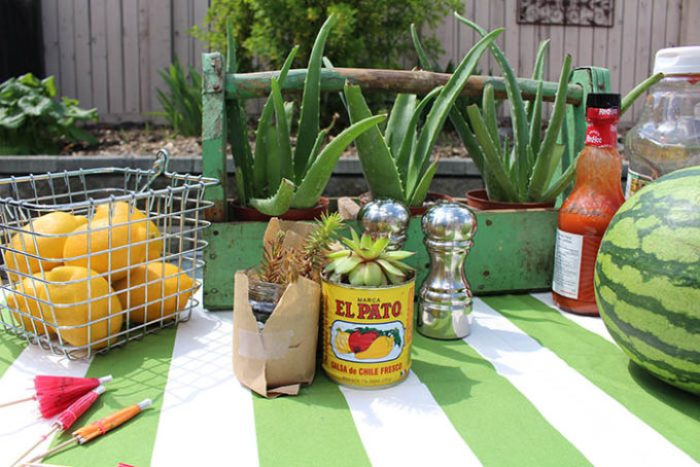 Outdoor Dining Table Decorations