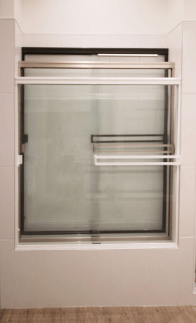 shower-glassdoor-frame-color