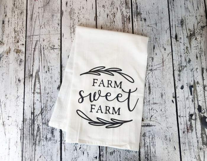 Flour Sack Tea Towel - Farmhouse Style DIY Project