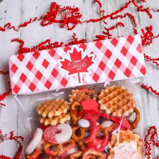 free printable canada day treat bag topper