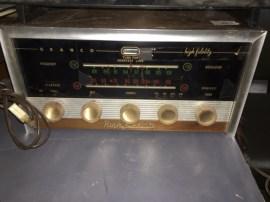 HIGH FIDELITY RADIO
