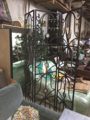 ROOM DIVIDER WROUGHT IRON