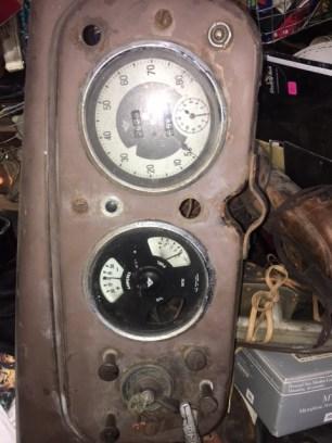 1930s-car-dashboard