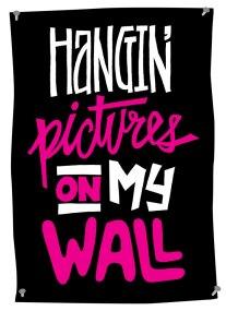 03-HanginPictures