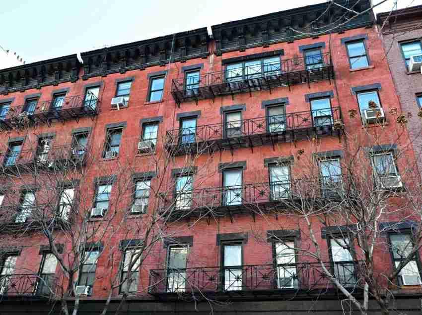 マンハッタンレンタルアパート空室率1%以下に。