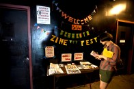 2012-04-15_Brooklyn_Zine_Fest_Sign_Light
