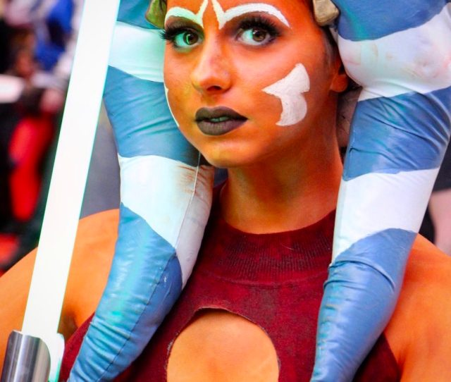 Members Of The Rebellion Its Star Wars Day Today To Celebrate Were Giving You The Best Shots Of The Chicago Comicon C2e2 On Instagram