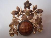 Bros Manik Bunga Daun Batu-Coklat