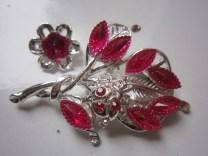 Bros Grosir Cantik Bunga Kembang Merah