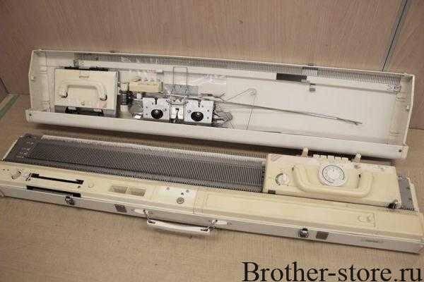 Двухфантурная вязальная машина Brother KH892/840