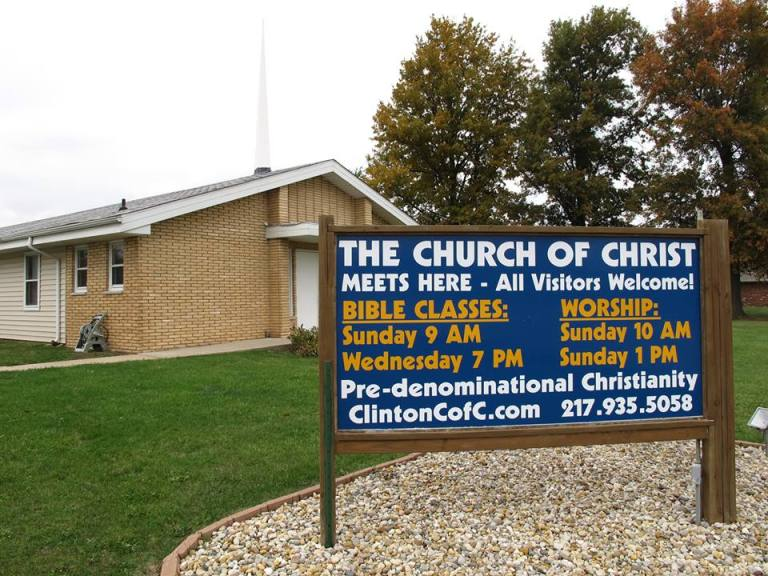 Church sign offers outsiders a taste of 'pre-denominational Christianity'