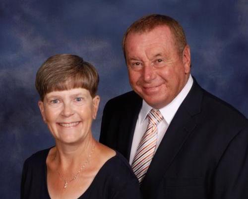 Cadiz elder Lindsey Champion and wife Joy