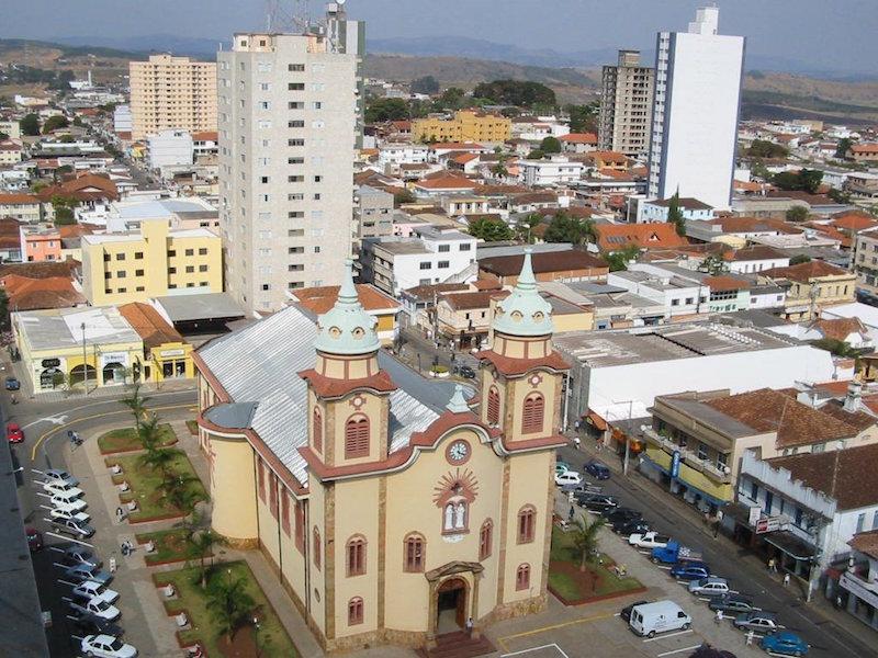 Alfenas Minas Gerais fonte: i1.wp.com