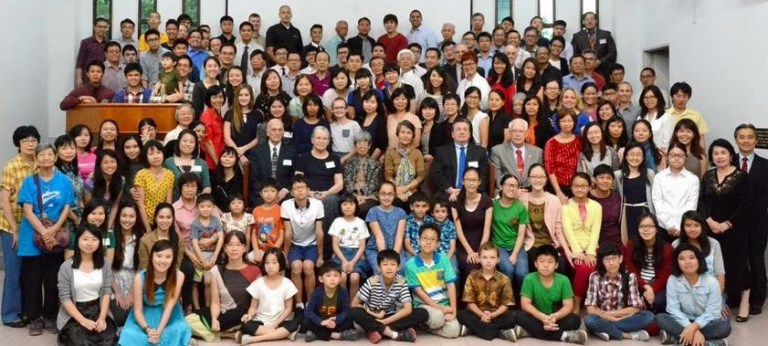 150 Attend Four Seas Lectureship