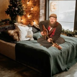 Mistletoe  – Pull Up the Covers