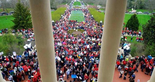 1522697223-APTOPIX-Teacher-Protests-Kentucky.jpg