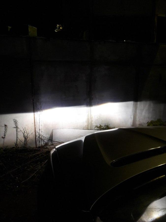 Новый свет восстановленных линз BMW X5