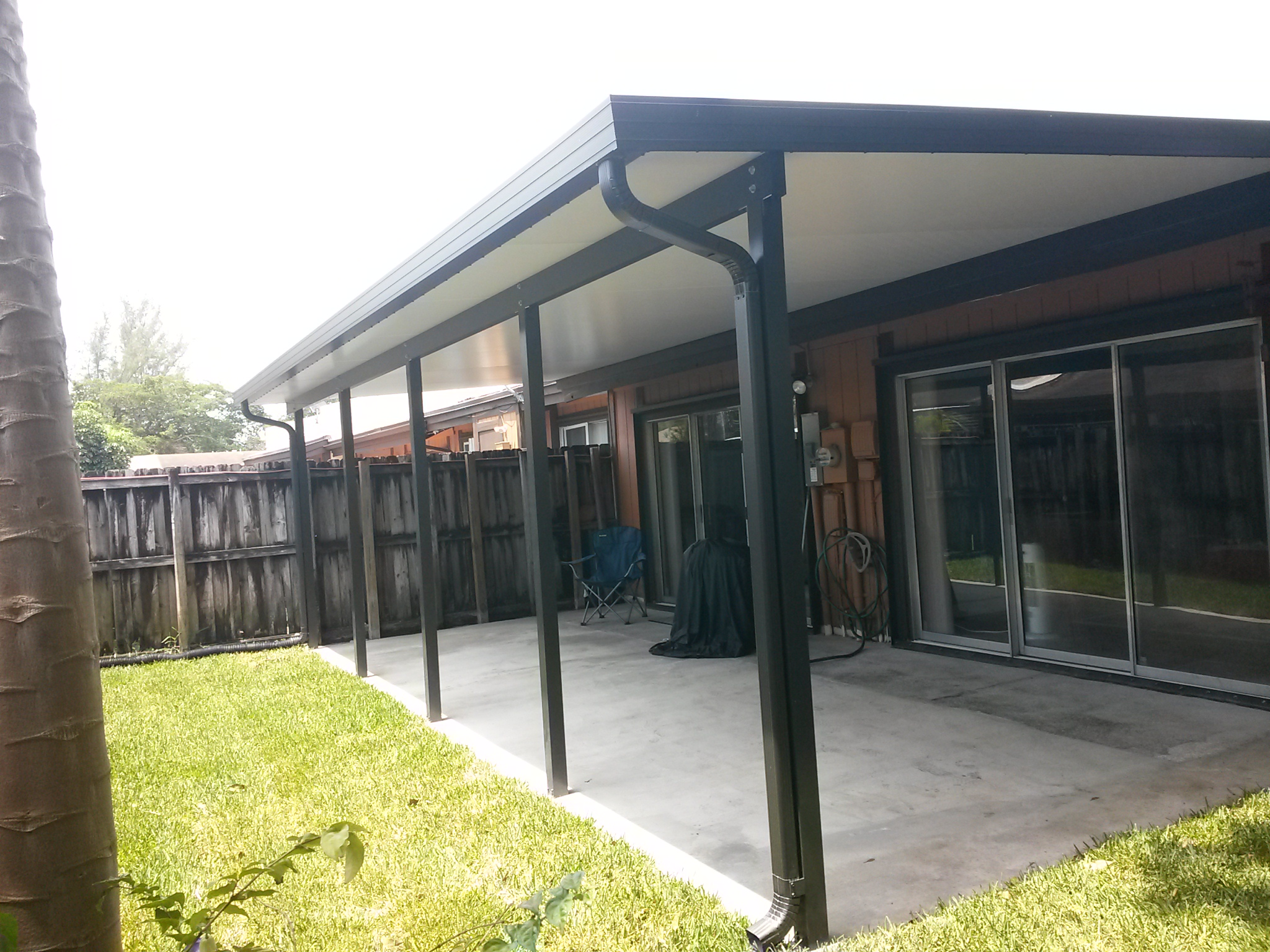 Insulated Roof And Columns No Screen Walls Impact