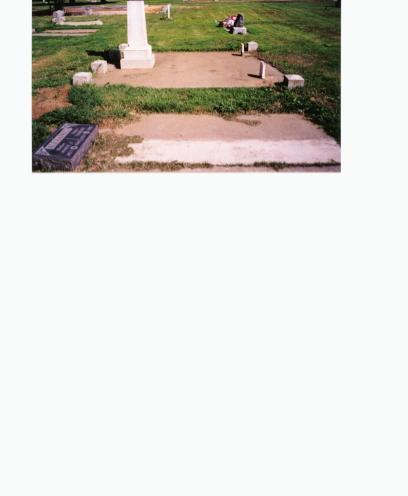 Alexander Burial Plot in Maxwell Cemetery, Maxwell, California
