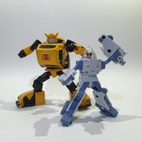 Review: Transformers MP-21 Bumblebee