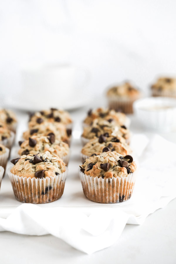 chocolate-chip-banana-oatmeal-muffins