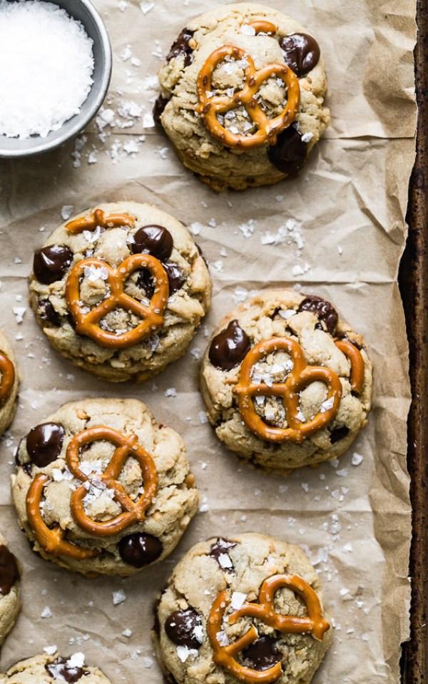 peanut-butter-pretzel-chocolate-chip-cookies