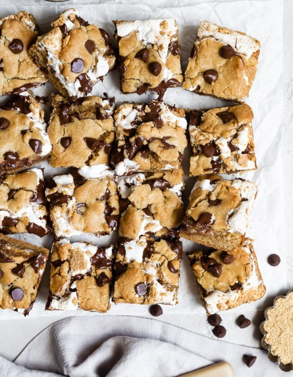 peanut-butter-s'mores-cookie-bars