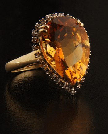 Citrine 10.2 Ct and Diamond 0.11 Ct Ring Set in 14K Yellow Gold-0