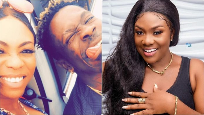 Alleged cousin of Shatta Wale,Maglove has revealed that the self-proclaimed dancehall king chopped Kumawood actress Emelia Brobbey when he was still with his baby mama,Michy.
