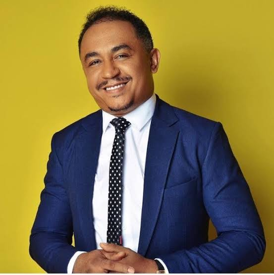 """""""Any man that allows his wife to trek while his mum drives a car is not husband material""""-Daddy Freeze"""