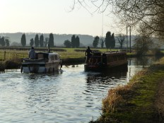 I think this is the first instance of boy racing I've ever seen on a canal. Idiot in pleasure boat overtakes lady piloting narrowboat - I clocked him at 7mph.