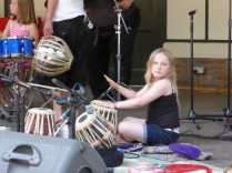 Rattlling percussion from the children