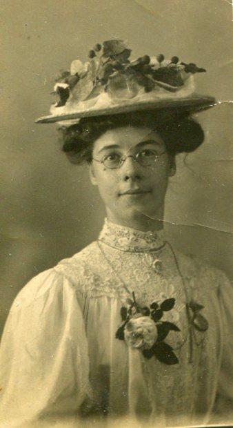 Gertrude Newbould