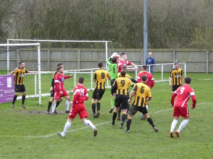 Entertaining display of determination as Rocester weather this attack
