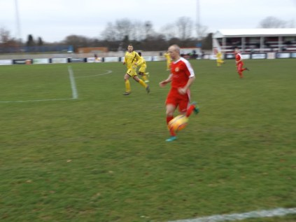 Mid-winter poor daylight but lightning fast play to thrill and enchant. The Redmen were on song today and displayed excellent play thought this match.