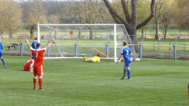 Early in the first half and the Wood break through Pershore defence. Goal!
