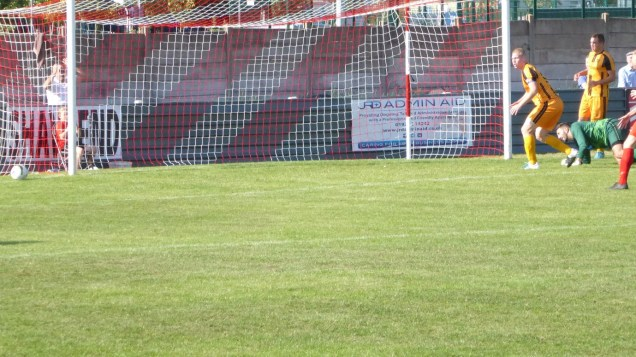 Second half of the second half now and the Wood are in blazing action. How the ball just did not cross the Swifts line I will never know. Had someone surreptitiously cling-filmed the goalmouth? First of the salvo of rapid shots…..