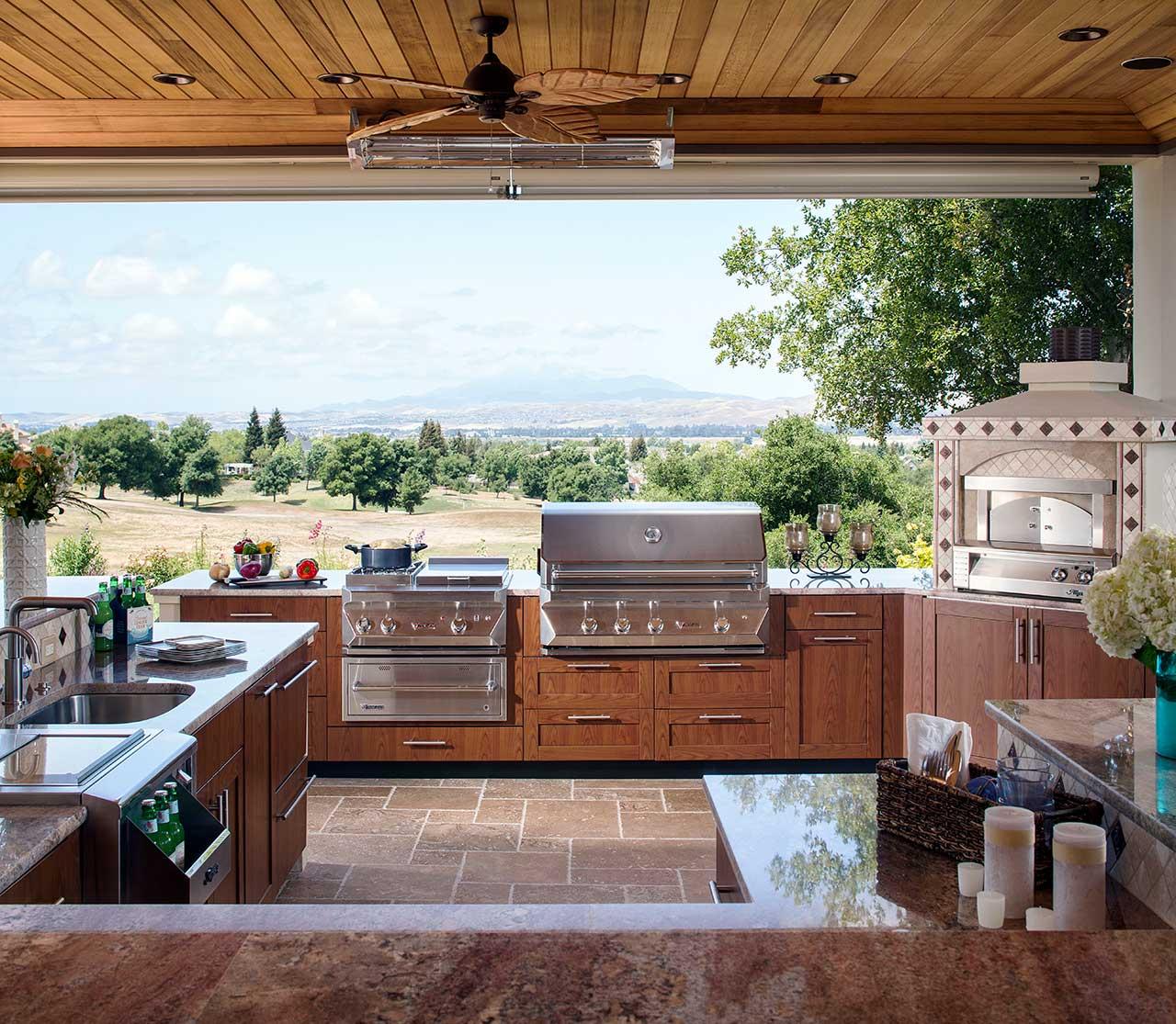Outdoor Kitchen Design Ideas | Brown Jordan Outdoor Kitchens on Backyard Kitchen Design id=91440