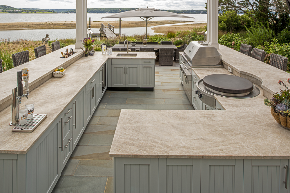 how your outdoor kitchen dimensions will guide your design