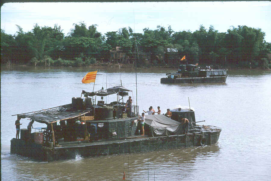https://i1.wp.com/brownwater-navy.com/vietnam/photos/Boats6.jpg