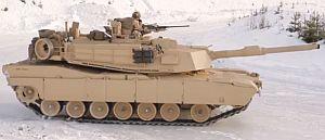 60トンの戦車を氷上ドリフトさせる米軍