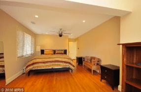 4919-master-bedroom-2